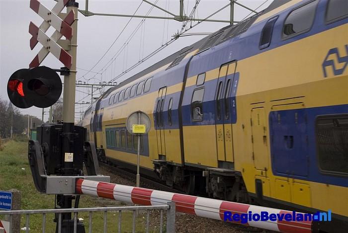 Geen treinverkeer door aanrijding met persoon te Middelburg - Foto: Robin Duteweerd