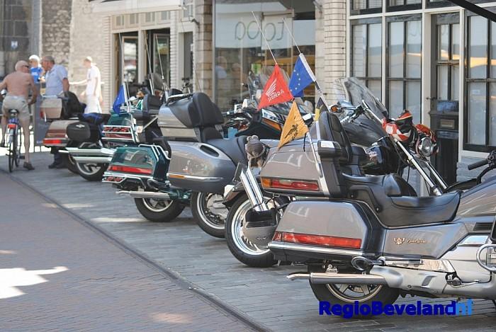 Fotoreportage: 14e Zeeuwse Keverdag op de Grote Markt - Foto: Richard de Looff