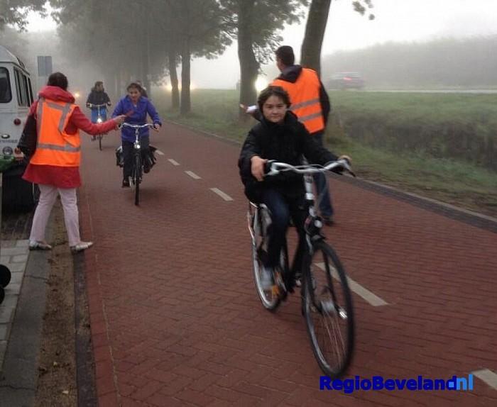 Gratis bolus voor fietsers in Wilhelminastraat te Kloetinge - Foto: @GemeenteGoes