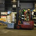 Brandweer rukt uit voor heftruck met mankement te Goes