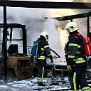 Grote brand in schuur aan de Everingseweg te Oudelande