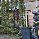 Brandweer rukt uit voor brandende coniferenhaag te Goes