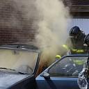 Veel rookontwikkeling bij autobrand Aalbersestraat te Goes