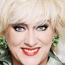 Karin Bloemen op benefietavond in Theater de Mythe Goes