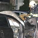 Politie onderzoekt autobrand aan Langegracht Kapelle