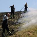 Brandweer rukt uit voor buitenbrand Schoorse Zeedijk